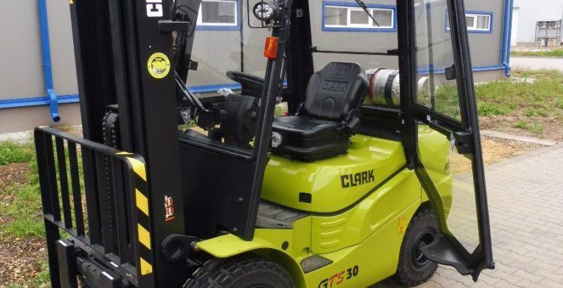 Clark GTS25,30