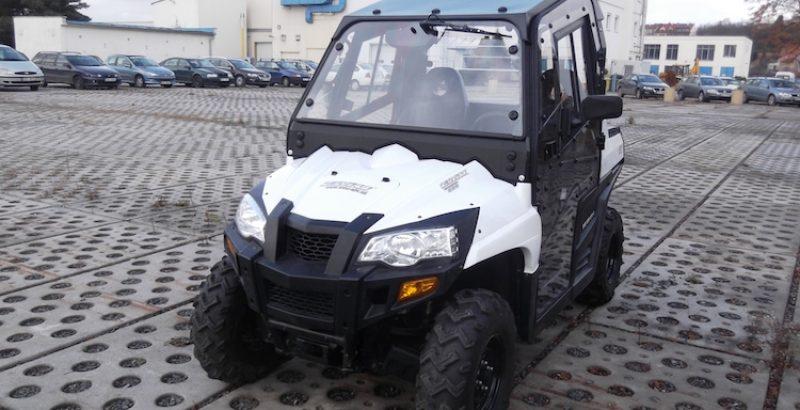 Hisun Tractor 800 - DFK Cab kit (1)