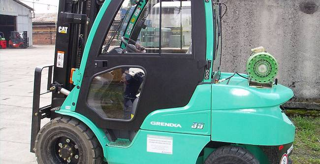 DFK Cab kit for Mitsubishi forklifts