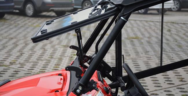 POLARIS Razer 570 Cab 2