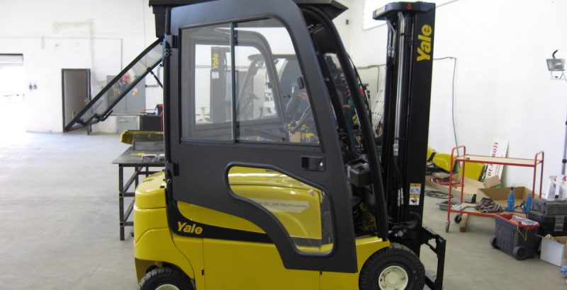 DFK Cab kit for Yale forklifts